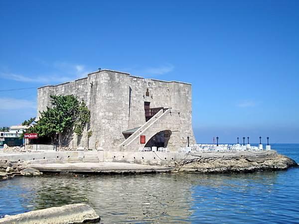 torreon-de-santa-dorotea-de-la-luna-de-la-chorrera-1646-havana-cuba