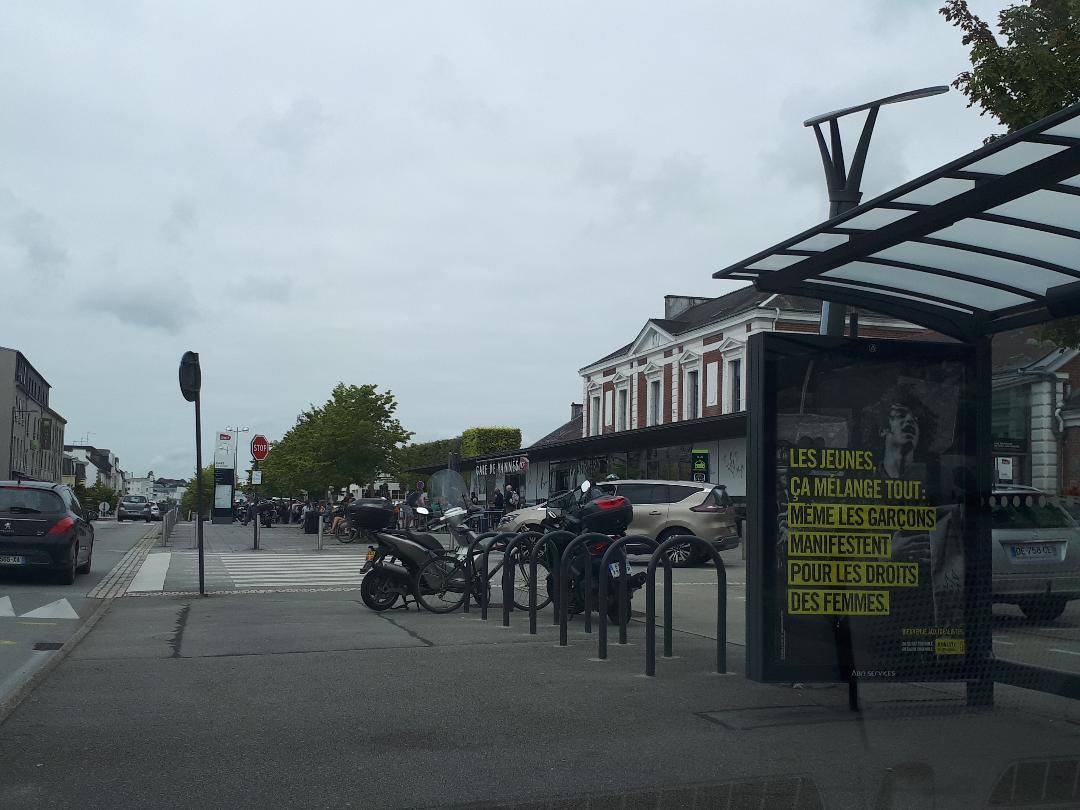 vannes gare train station arriving aug21