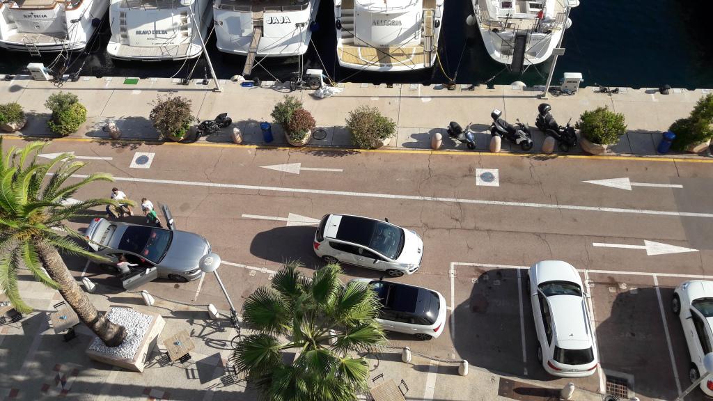 cap-marriott-502-looking-down-on-ave-du-port-oct17