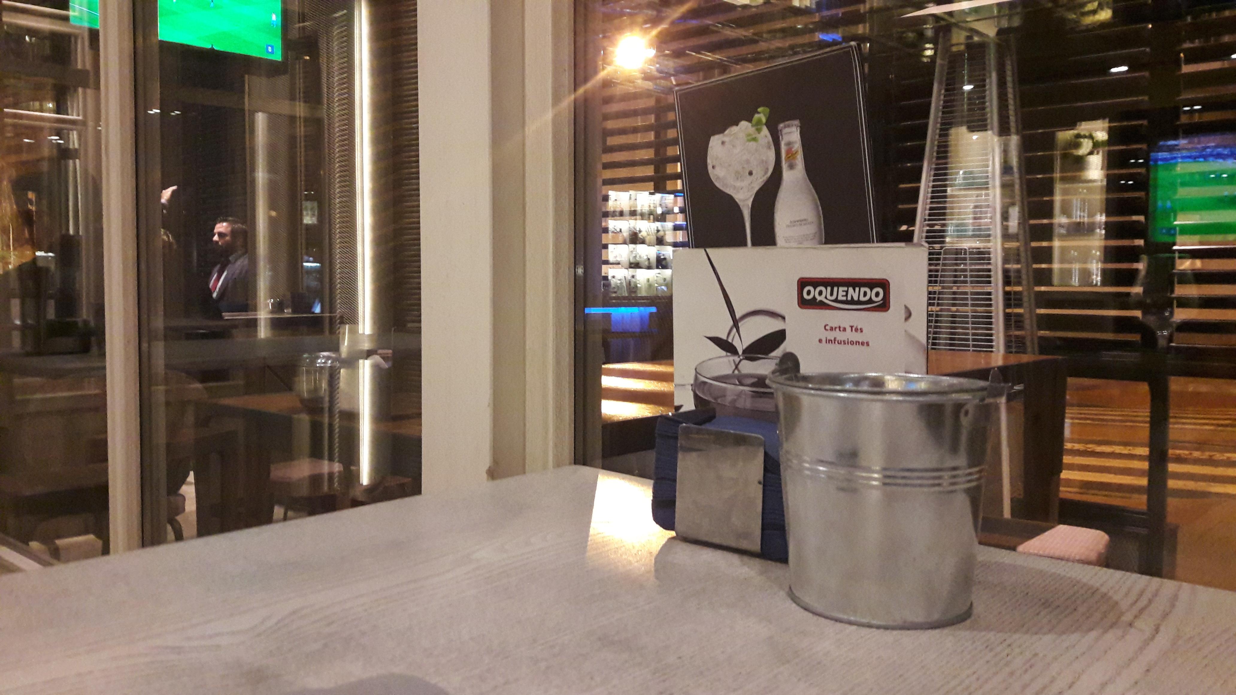 coruna-bogart-baar-table-dining-room-apr17