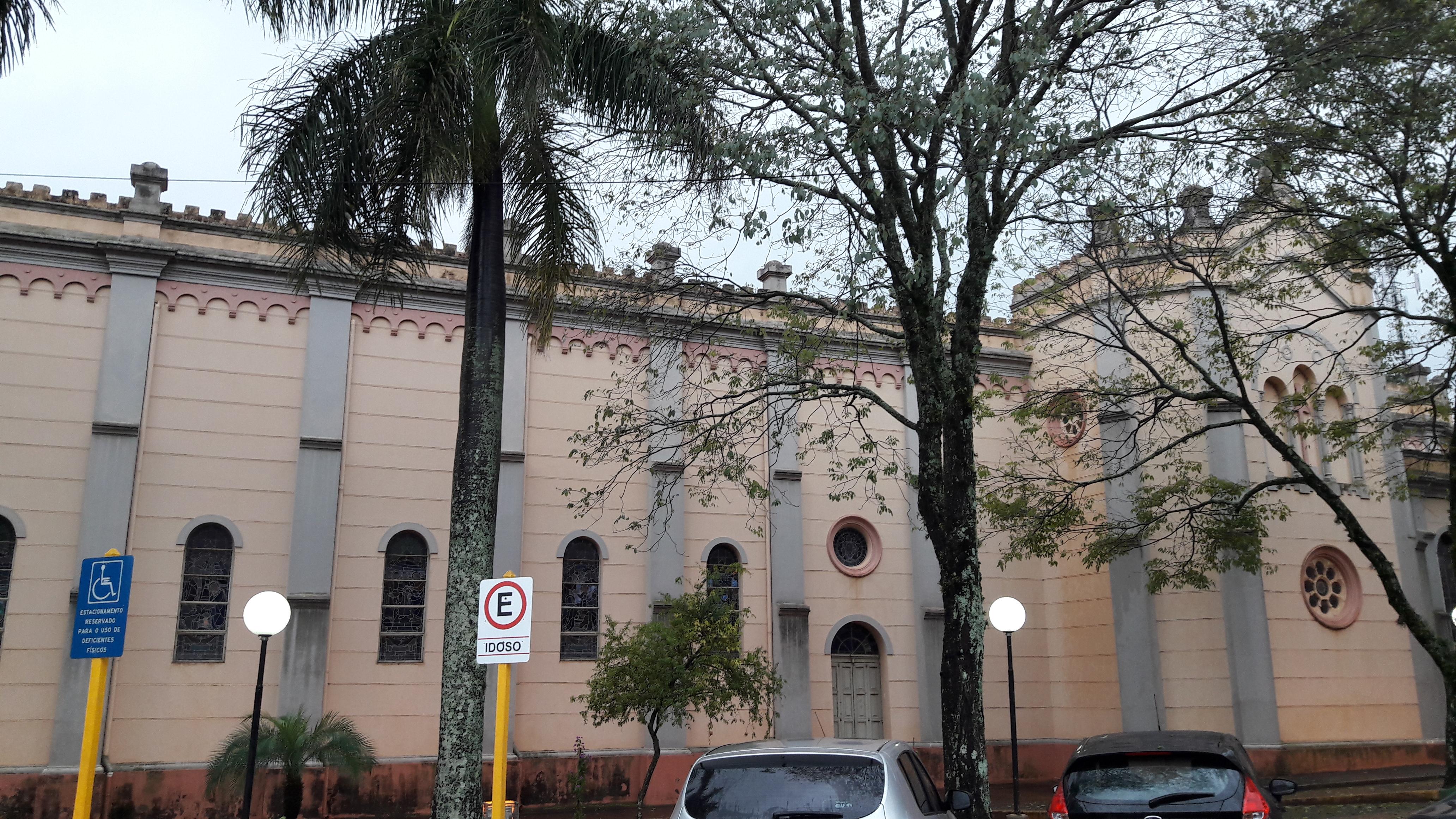 descalvado-church-nossa-senhora-do-belc3a9m-side-may17-1