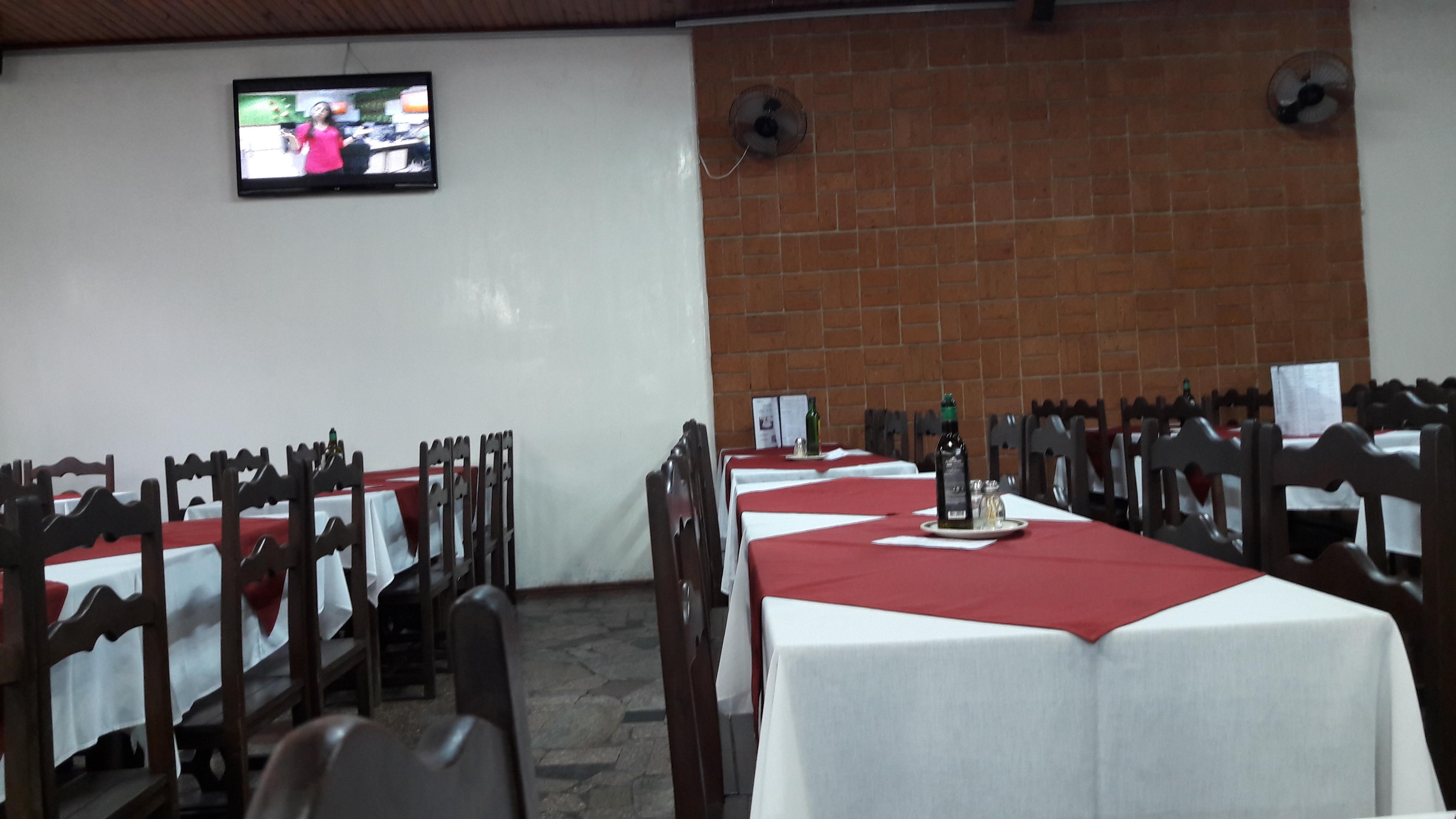 descalvado-churrasqueria-cabana-dining-room-may17-1