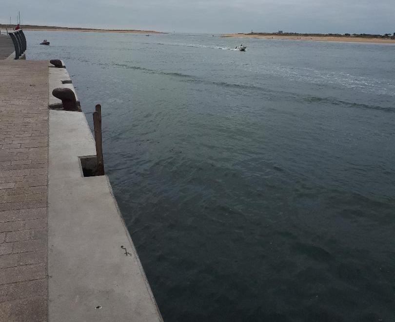 etel-ria-le-port-out-to-ocean-aug18