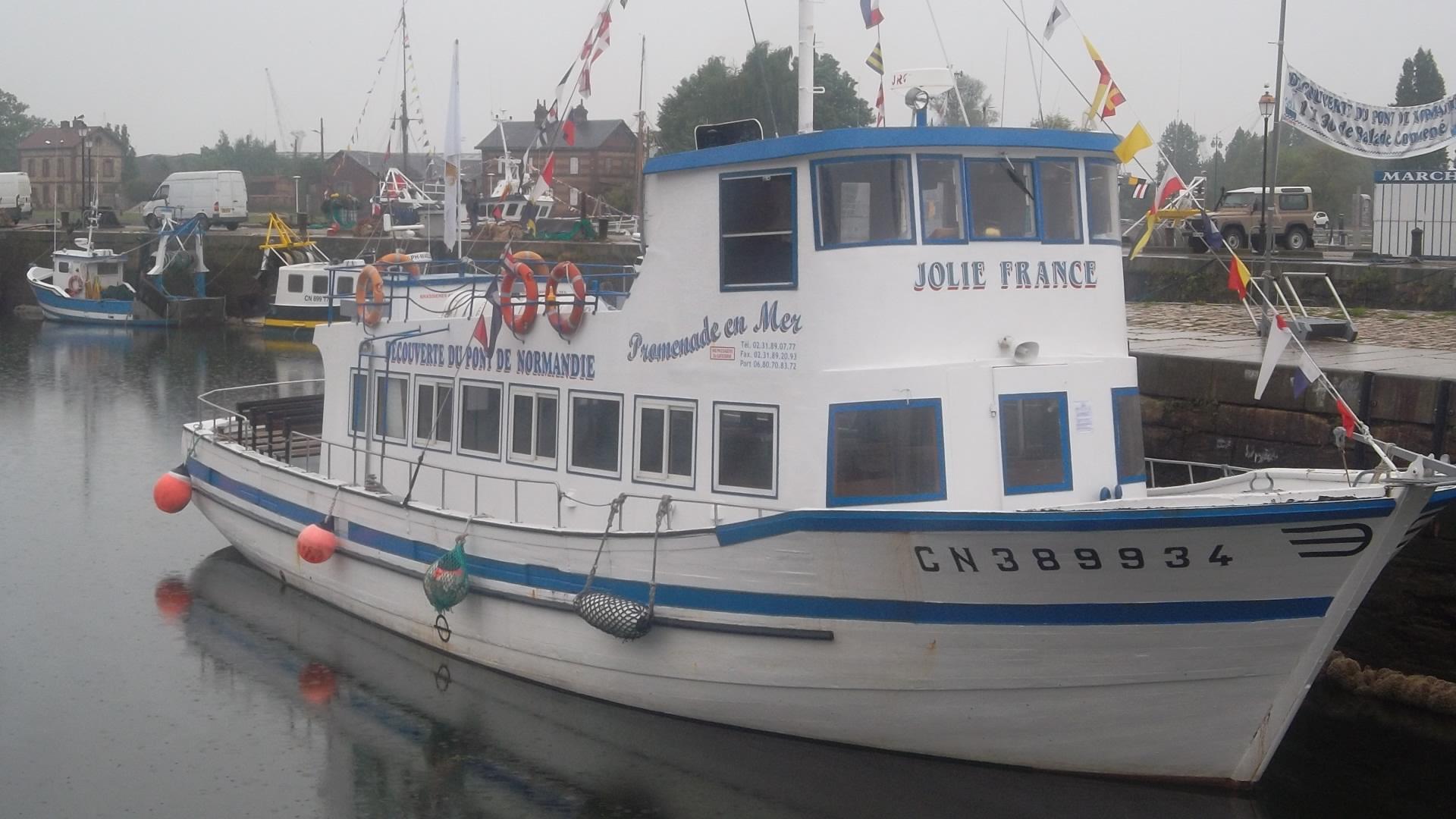 honfleur-jolie-france-side-my13