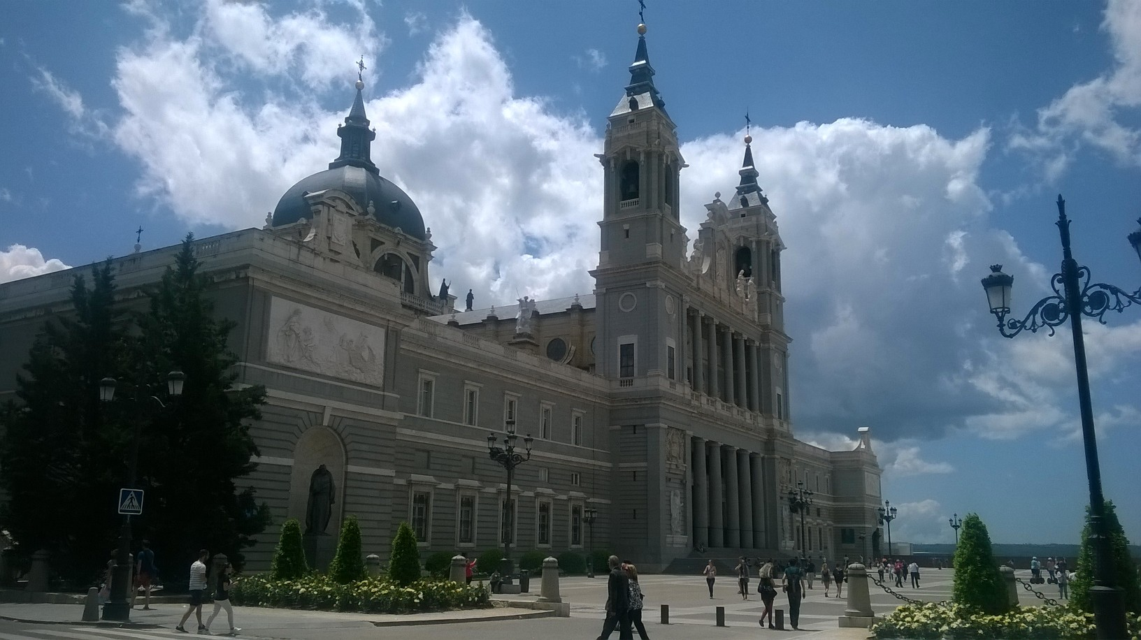 mad-catedral-almudena-may16