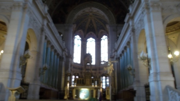 paris-church-la-trinite-nave-mar13