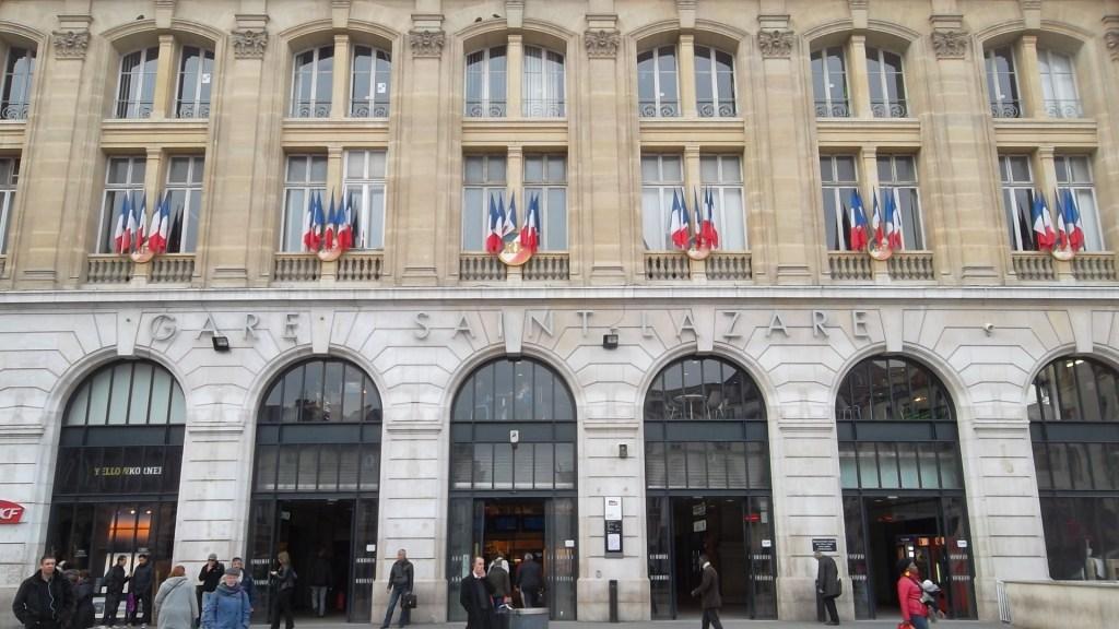paris-gare-saint-lazare-front-mar13