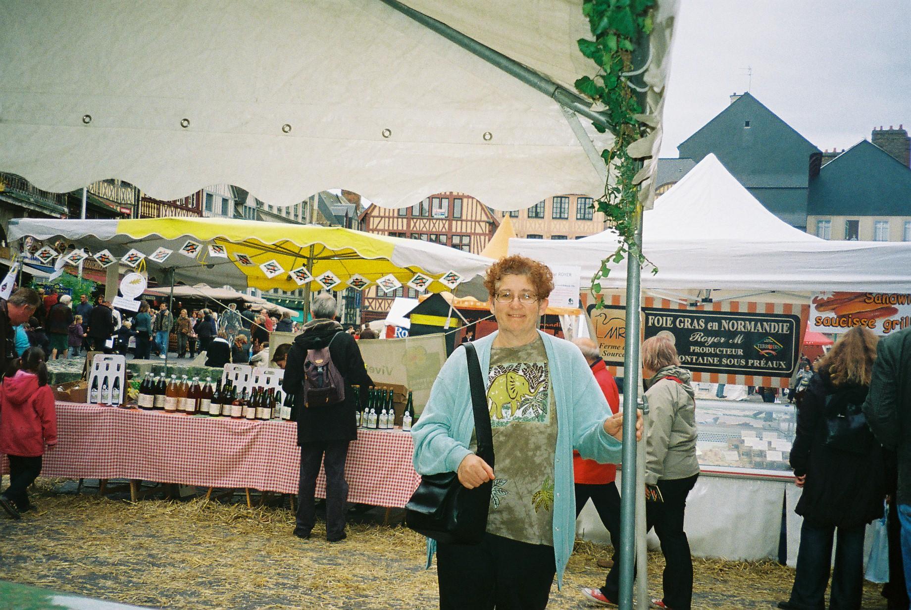 rouen-mf-pl-vieux-marchc3a9-gourmet-market-oct08