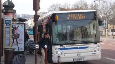 versailles-phebus-bus-b-cdg-kids-mar13
