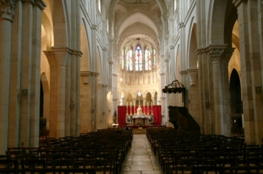beaune coll ch Notre Dame nave aug11