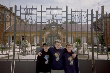 lm-remi-and-xavier-elementary-school-les-mureaux