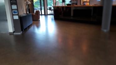 nantes-escale-oceania-hotel-lobby-may17