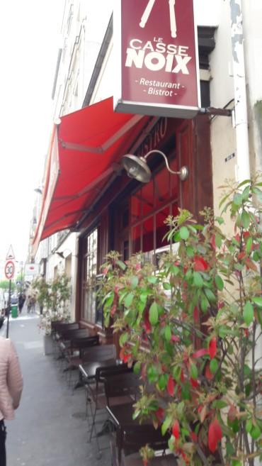 paris-cassenoix-resto-front-door-apr17