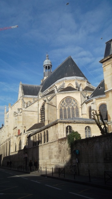 paris-church-st-etienne-du-mont-far-back-feb14