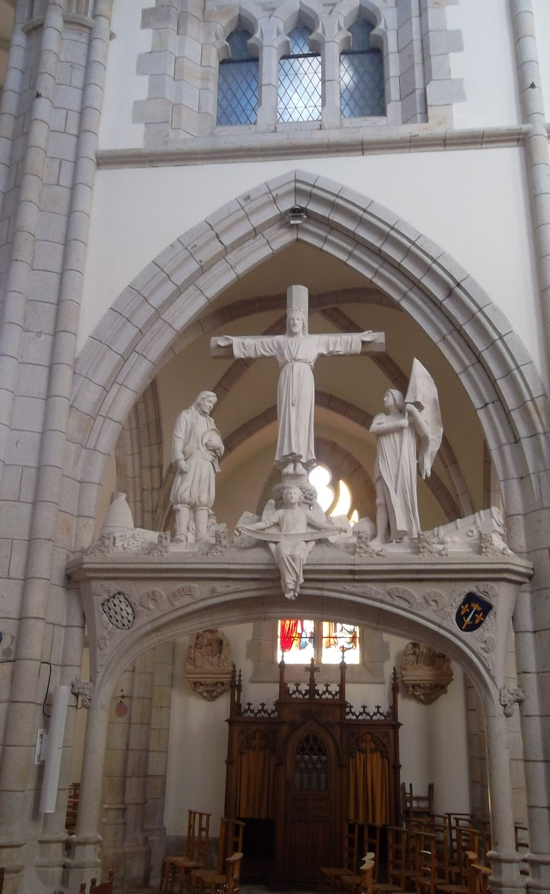quimper-ch-st-mathieu-christ-feb13