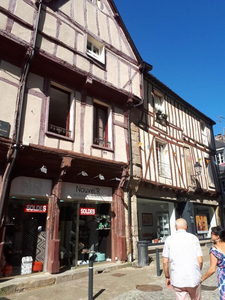 vannes-rue-emile-burgault-jul18