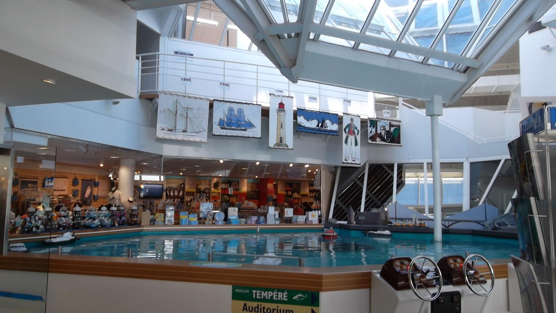 brest-oceanopolis-boutiques-restos-nov12