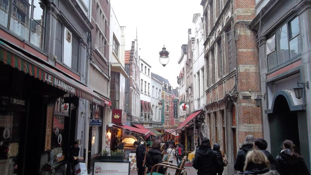 bru-galerie-royale-st-hubert-mokafe-rue des bouchers ent dec12