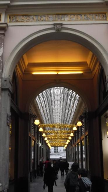 bru-galerie-royale-st-hubert-prince-dec12