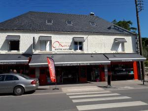 carnac-plage-ave-des-druides-boulangerie-mercier-may18