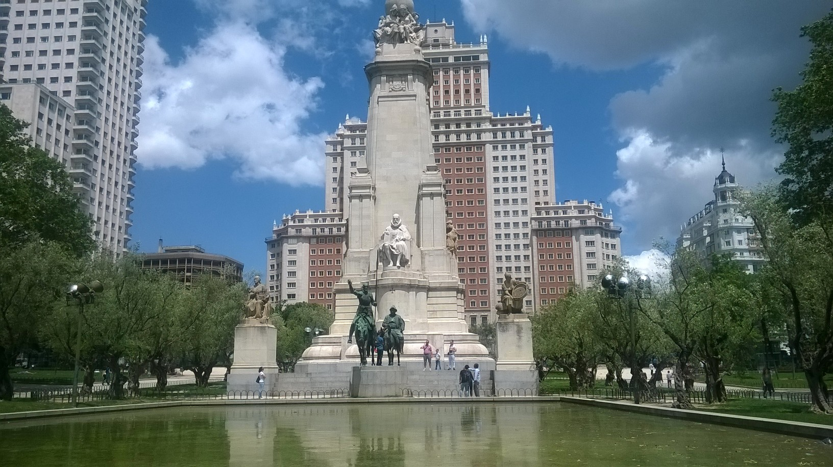 mad-pl-de-espana-quijote-and-cervantes-may16