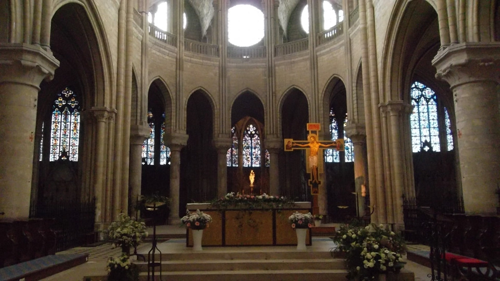 mlj-ch-nd-main-altar-jun12