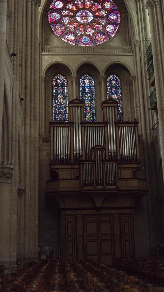 mlj-ch-nd-organ-and-rosary-back-jun12