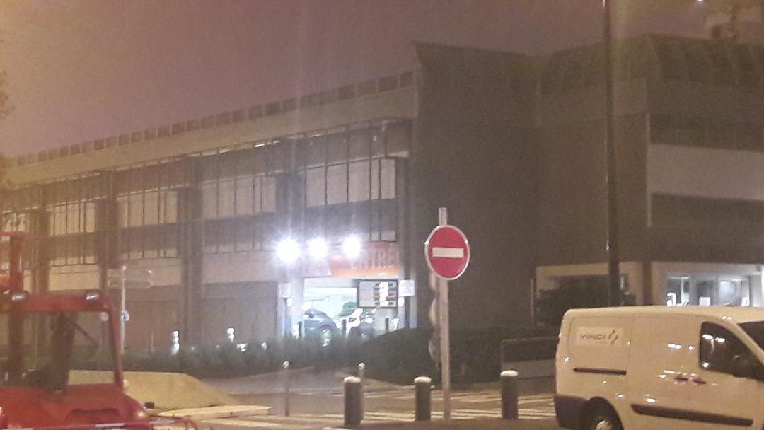 nantes-airport-covered-parking-nov18
