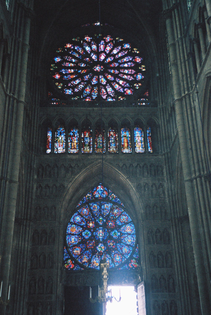 reims-cathedral-notre-dame-rosary-window