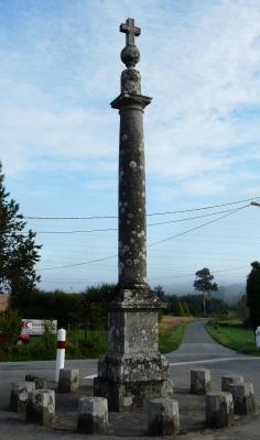 brech-cross-in-memory-of-the-battle-of-jean-de-montfort-et-charles-de-blois-in-1364-done-in-1842