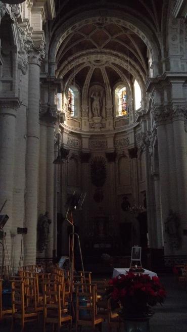 bru-église-saint-jean-baptiste-au-béguinage-altar-dec12