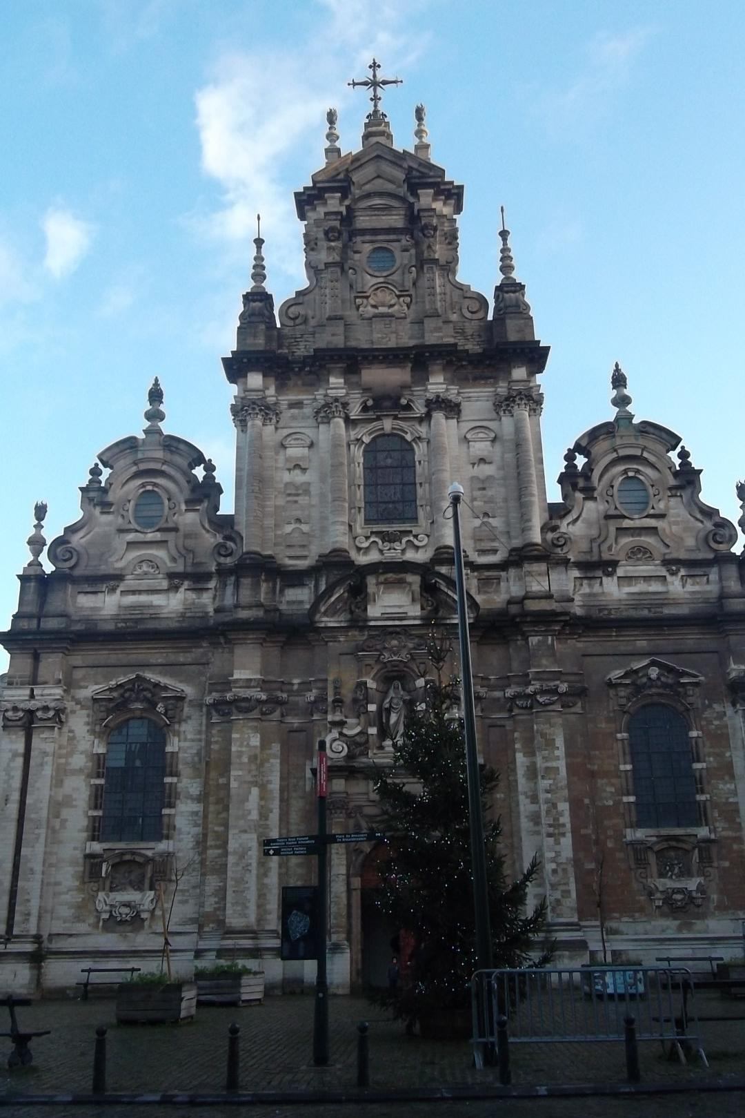 bru-église-saint-jean-baptiste-au-béguinage-front-dec12