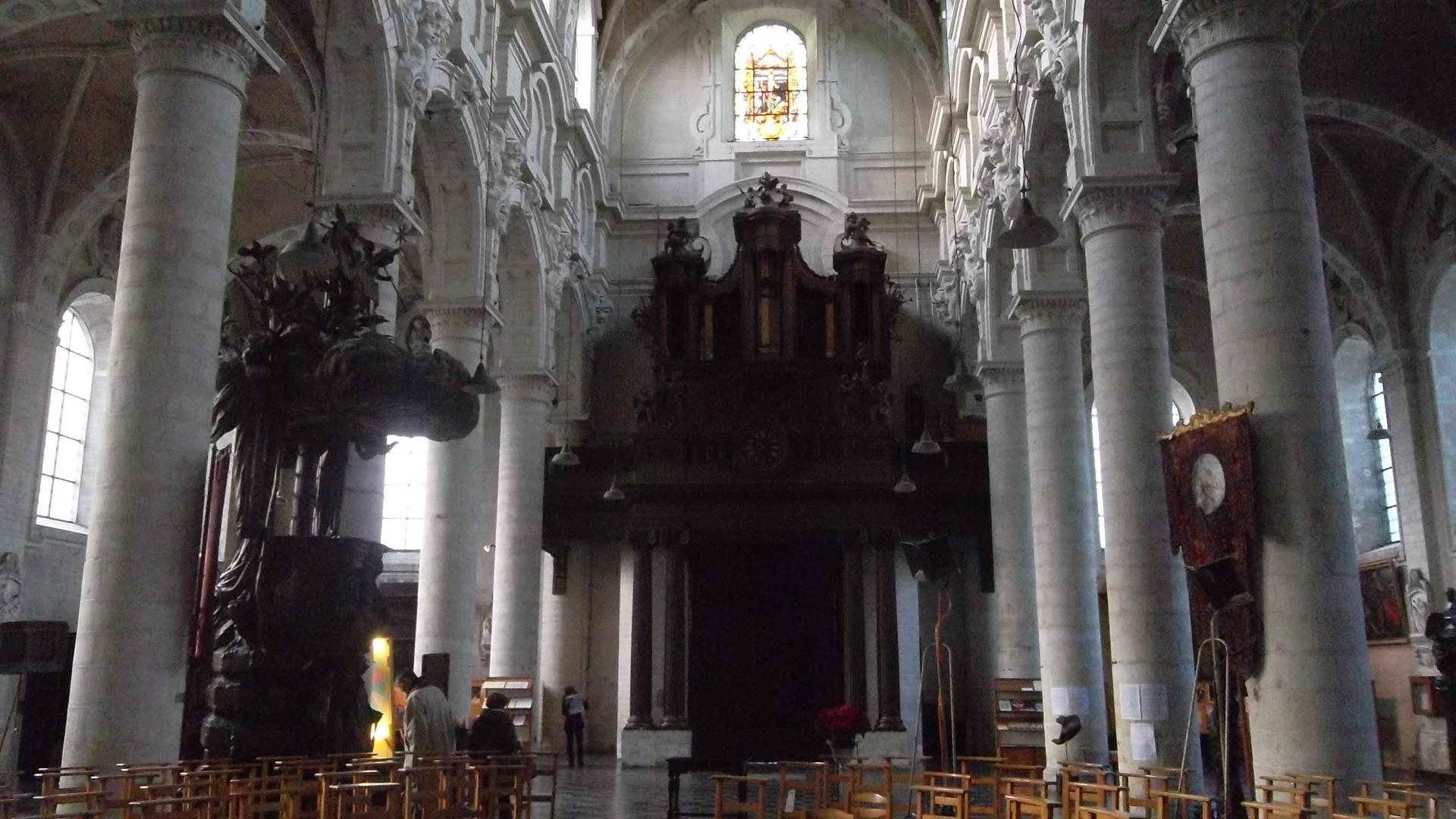 bru-église-saint-jean-baptiste-au-béguinage-organ-dec12