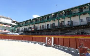 chinchon-plaza-mayor-for-toros-aug16