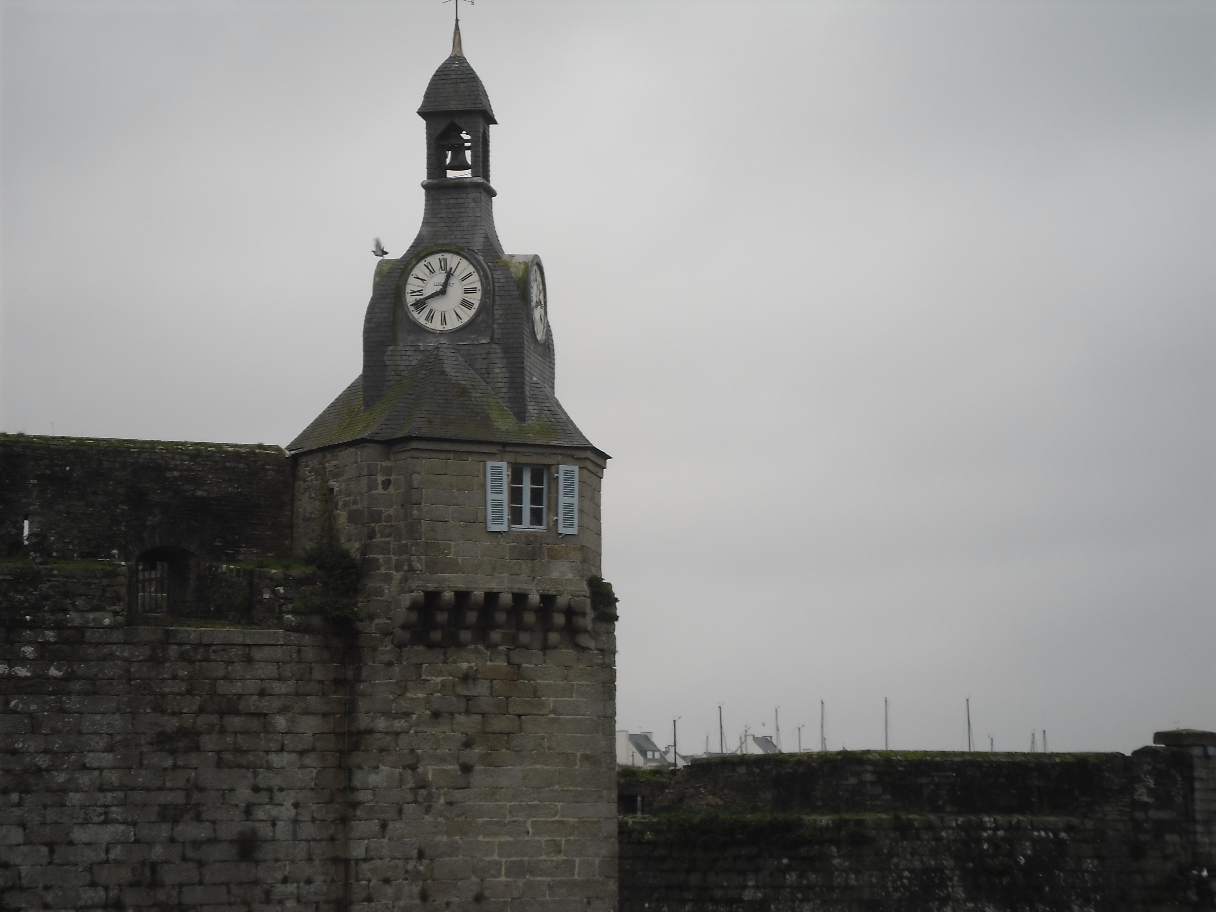 concarneau-ville-close-clocktower-jan13