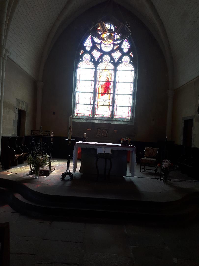 landaul ch Saint-Théleau altar apr21