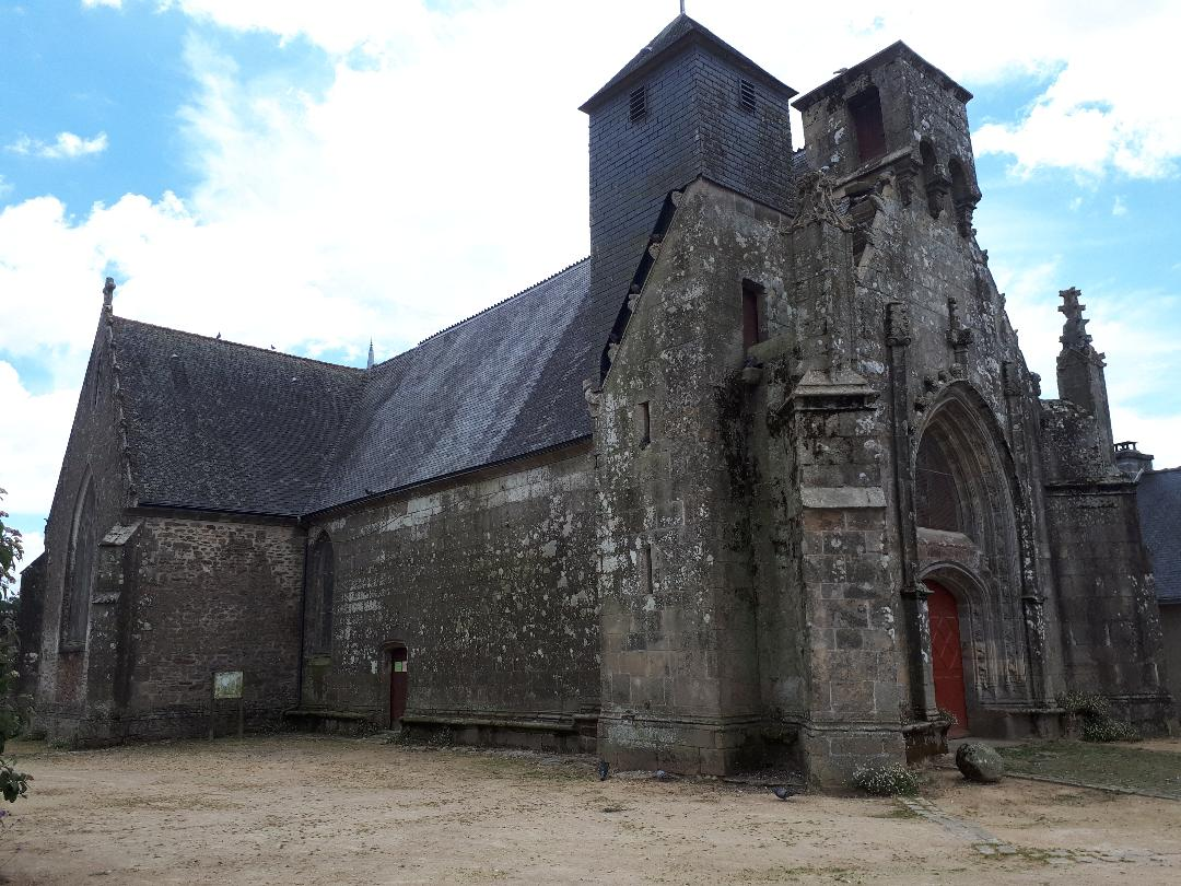 landaul-ch-st-theleau-pigeons-tower-aug20