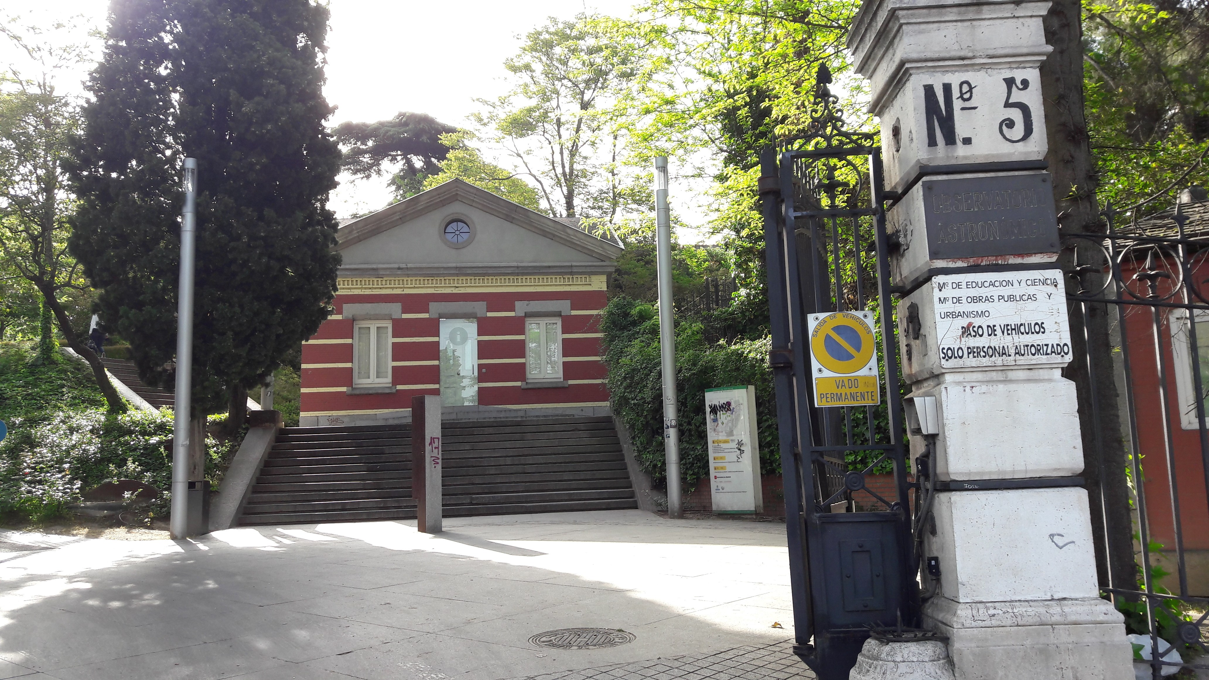 mad-observatorio-astronomico-ent-apr17