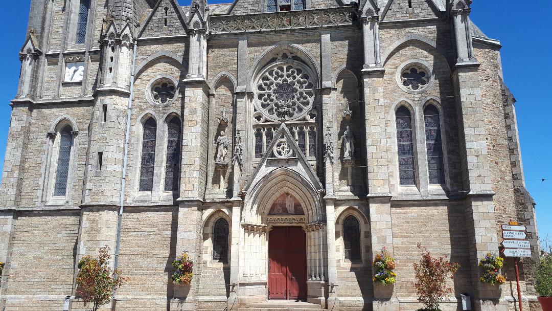 missillac-ch-saint-pierre-et-saint-paul-front-jun19