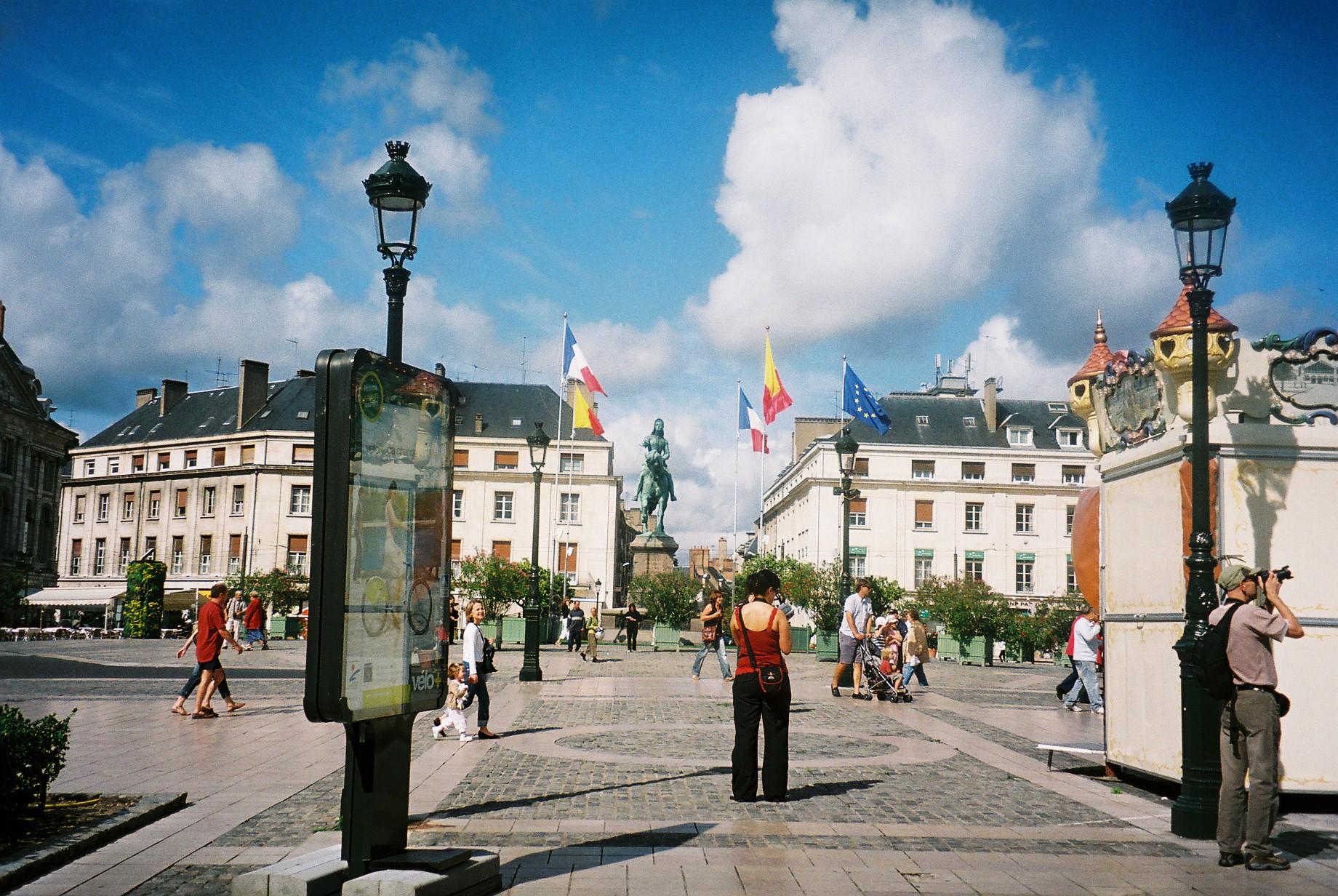 orleans pl du Martroi 2011