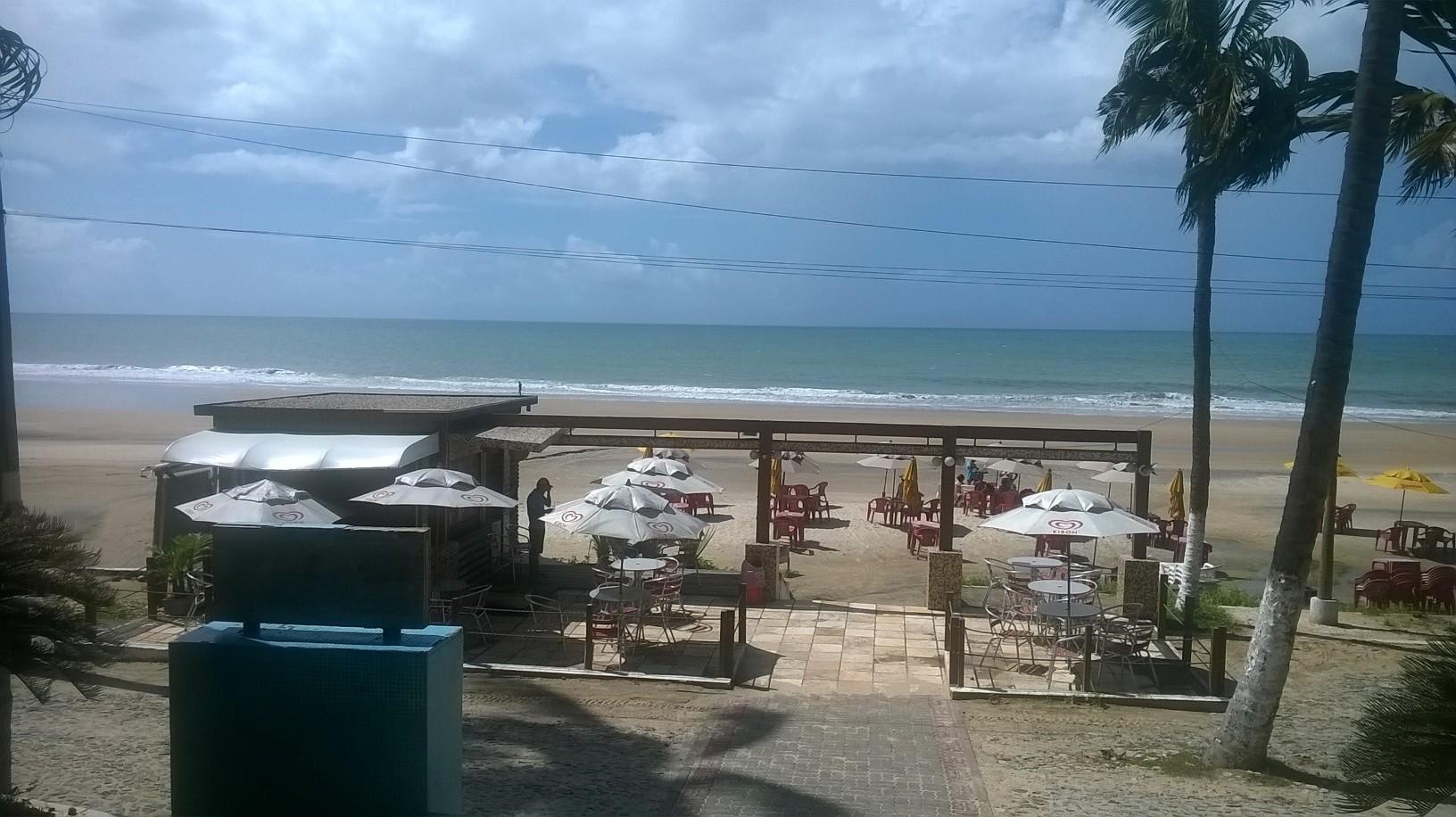 praia-da-lagoinha-front-of-hotel-vivamar-may16