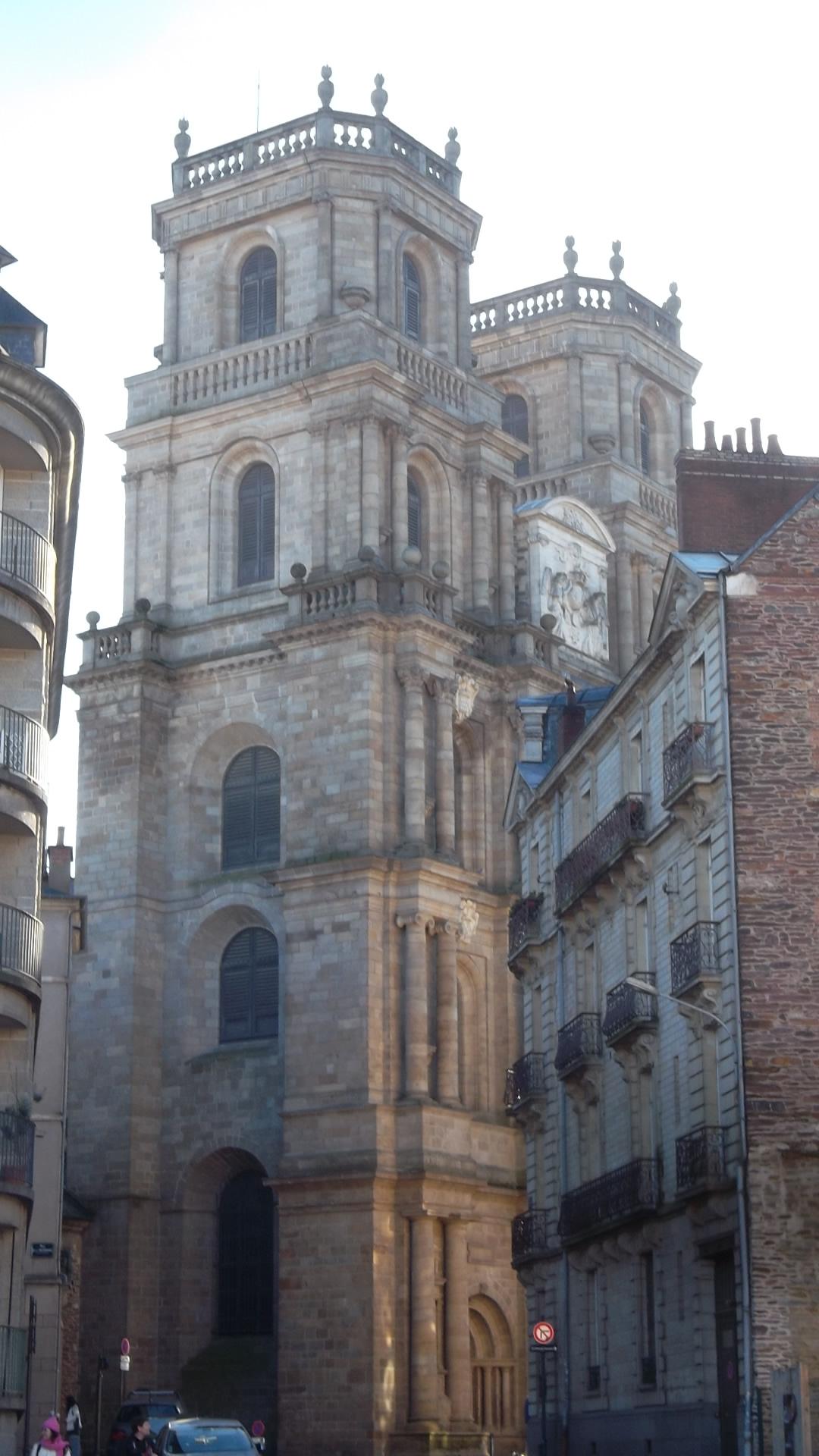 rennes-cat-st-pierre-back-tower-dec13