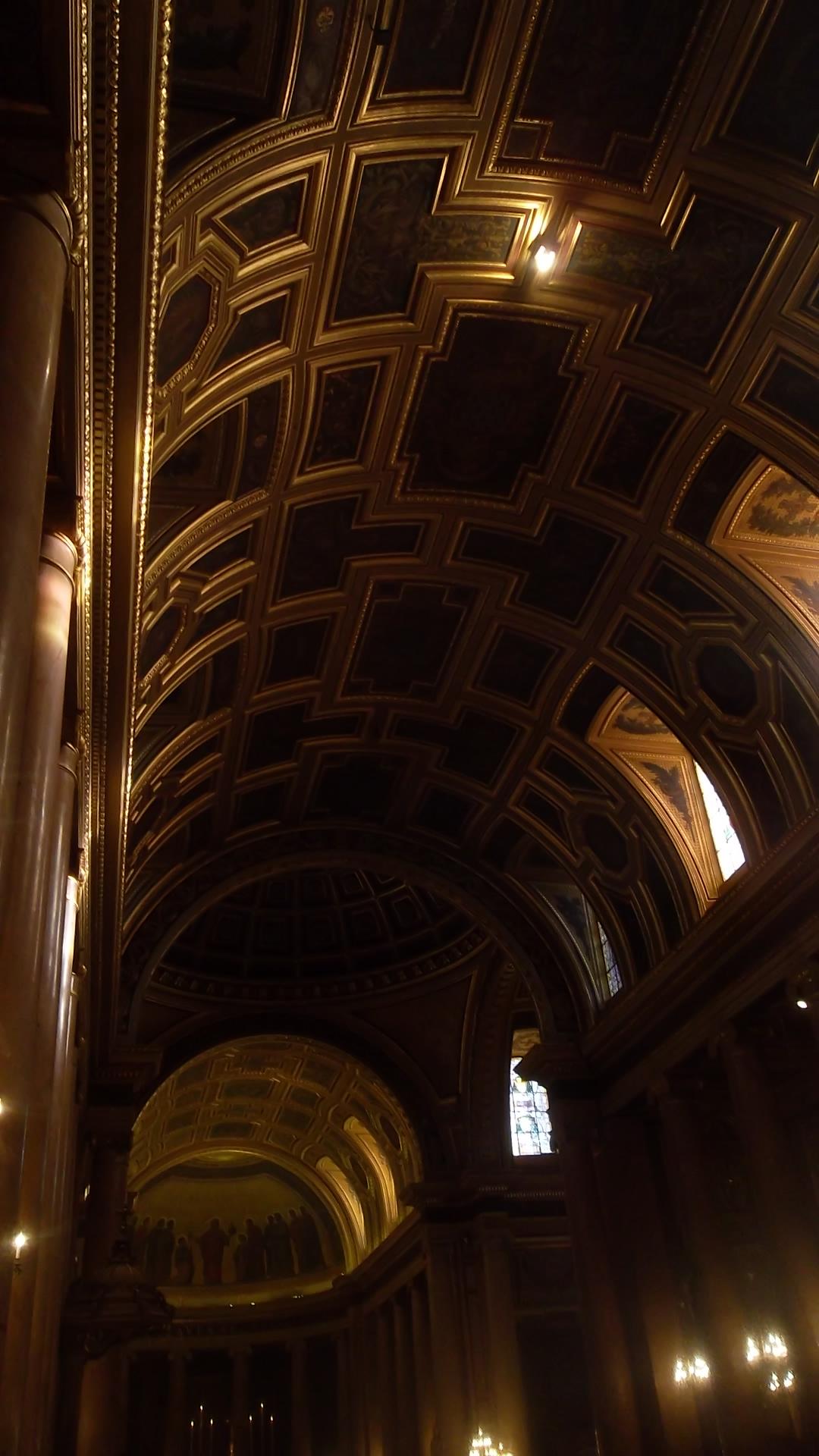 rennes-cat-st-pierre-ceilings-altar-dec13