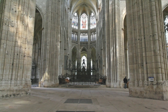 rouen-abbey-st-ouen-nave feb09