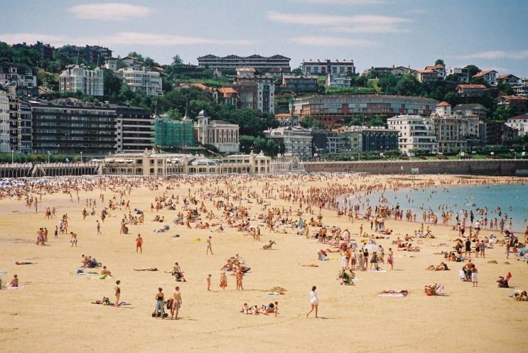 san-sebastian-playa-de-la-concha-to city