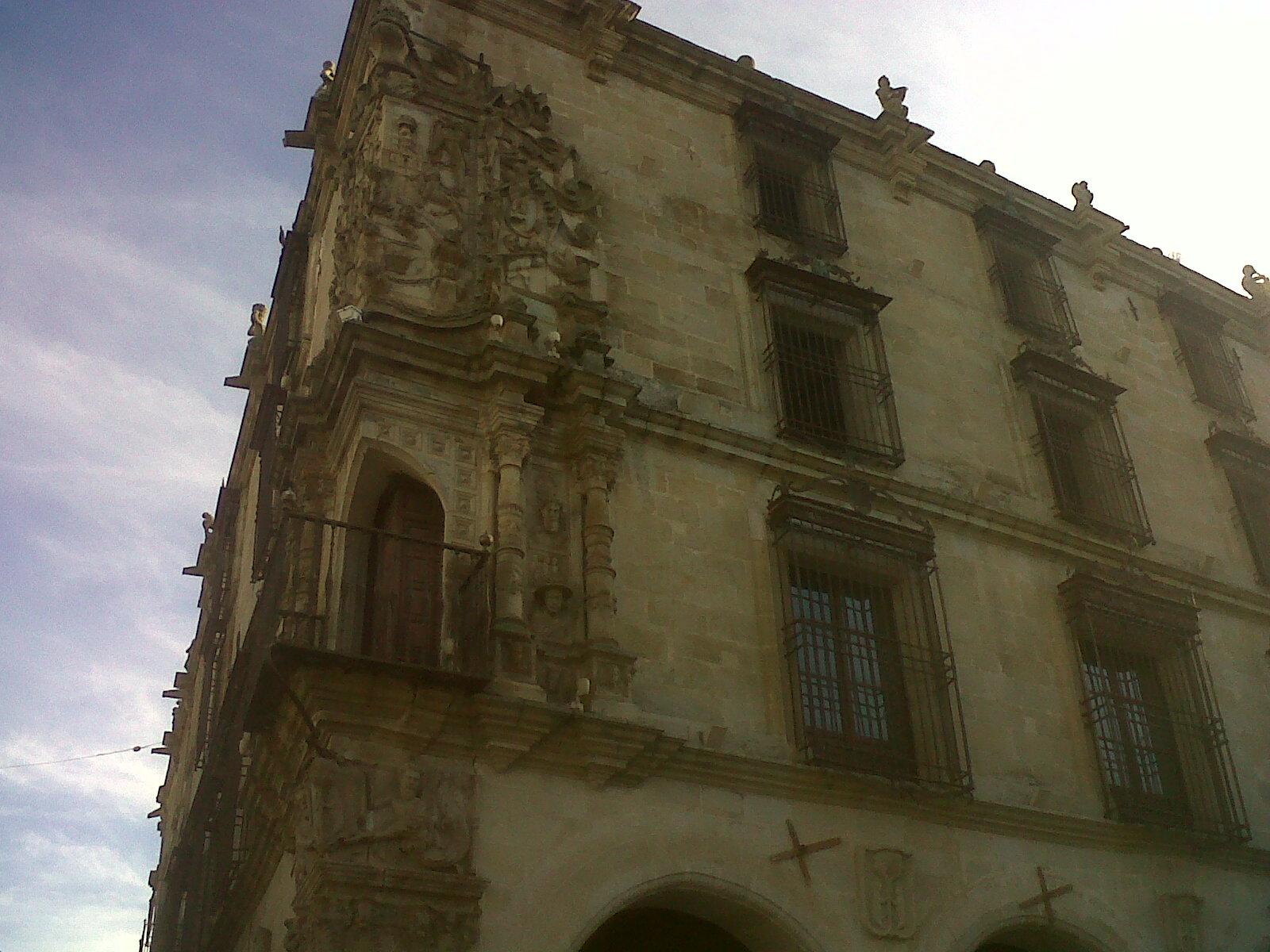 trujillo-palace-of-the conquista pizarro-pl-mayor-sep12