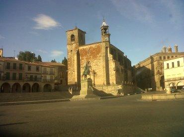trujillo-plaza-mayor-mon-pizarro-y-ig-san-martin-sep12
