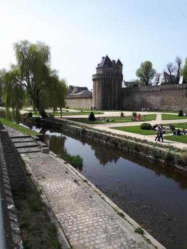 vannes garenne gardens and tour connetable apr21
