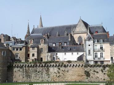 vannes over ramparts to cat st pierre apr21