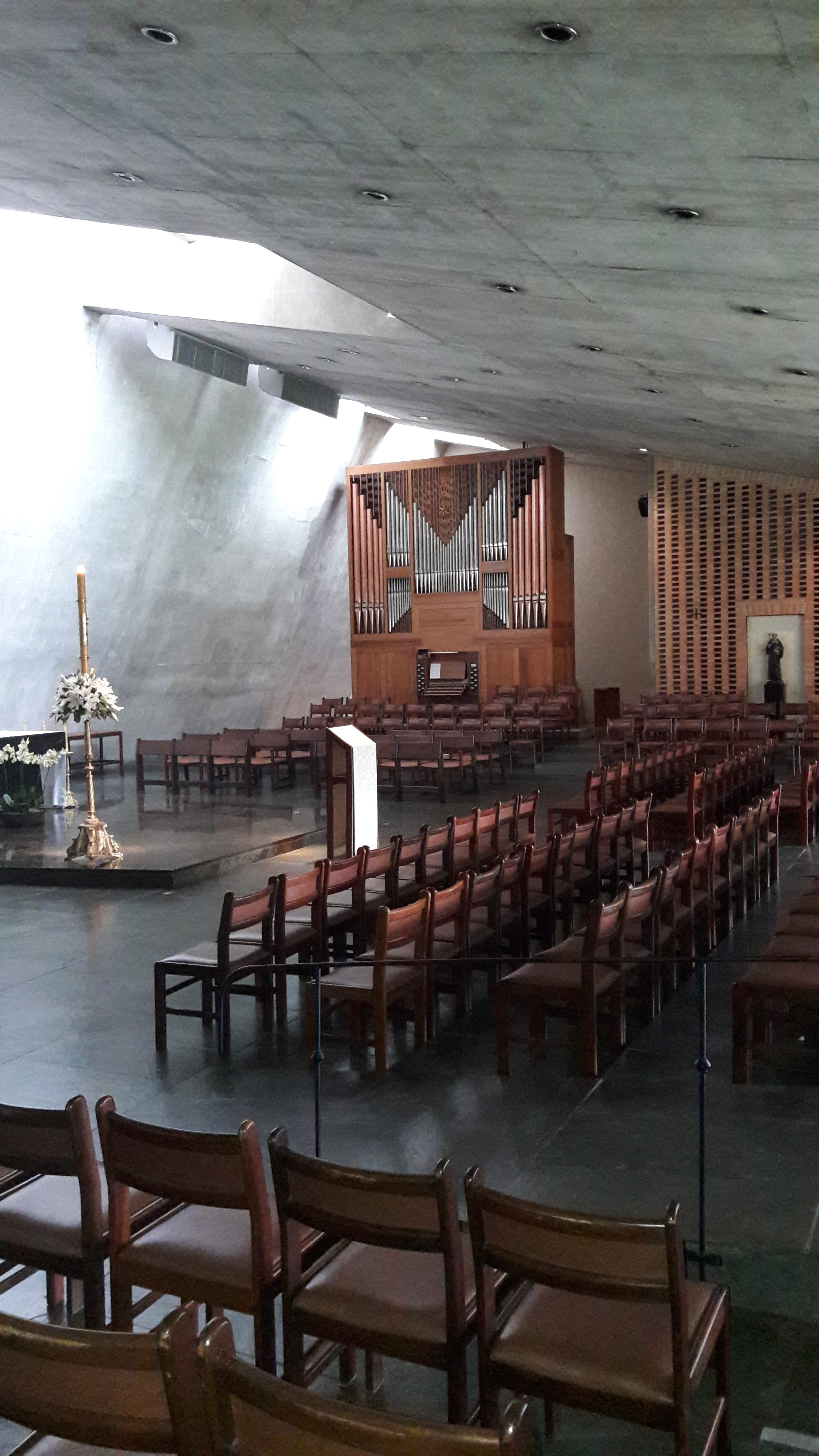vinhedo-sp-mon-sao-bento-main-altar-may17